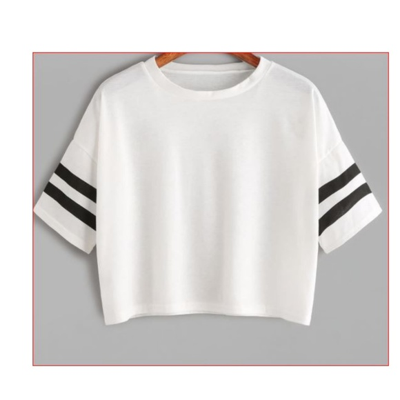 6775517d46 SHEIN Tops | White Cropped T Shirt Xl Short Sleeve Stripped | Poshmark